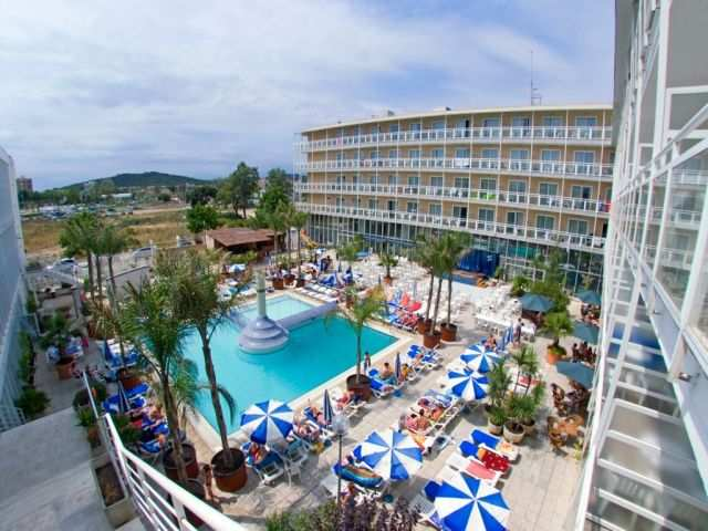 lloret hotel casino royal